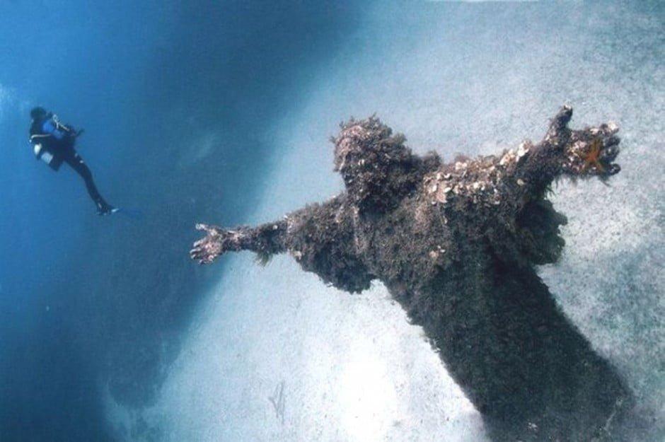1. A Mélység Krisztusa, San Fruttuoso, Olaszország
