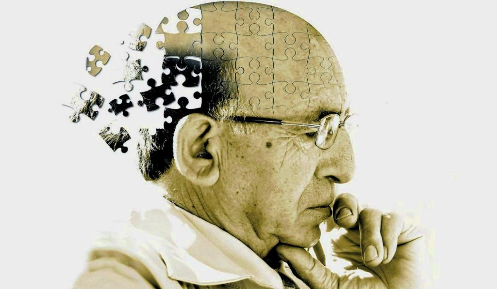 Az Alzheimer-kór 10 jele, amit nem szabad figyelmen kívül hagyni!