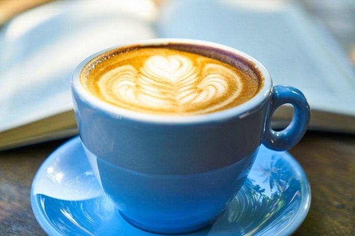Vigyázat! Ez történik a szervezetünkkel, ha üres gyomorra kávét iszunk!
