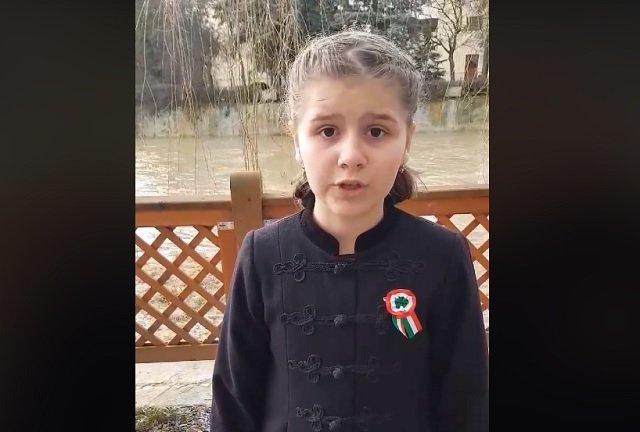 Erdélyi kislány március 15-i szavalása robbant az interneten