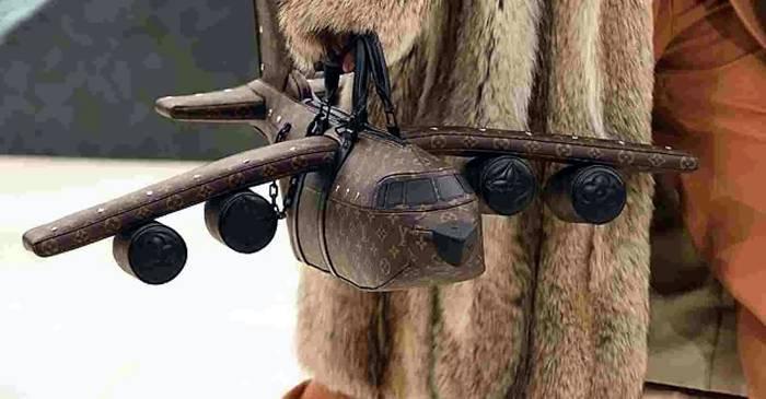 Új divatőrület, a repülőgép formájú Louis Vuitton táska - Drágább, mint egy repülőgép!