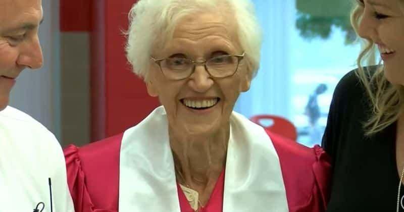 94 éves korában fejezte be a középiskolát a nagymama